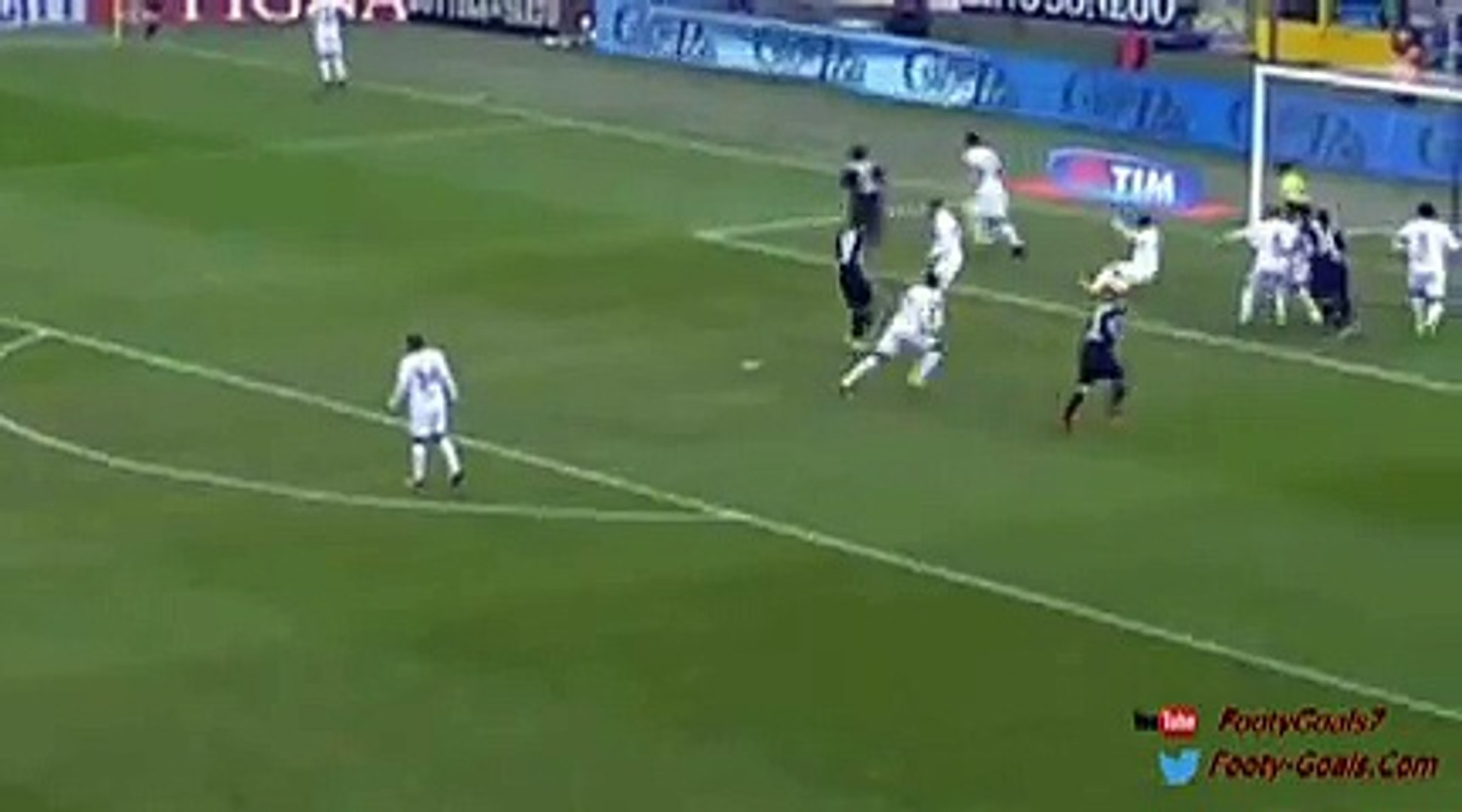 Alejandro Gomez scores direct from the corner Atalanta vs Carpi 2-0 (Serie A 2015)