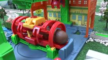 Thomas and Friends Surprise Eggs and Kinder Surprise Egg | Surprise Toys Thomas & Friends