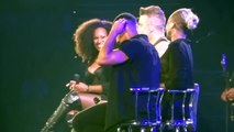 Robbie Williams Accidentally Flirts With 15-Year-Old Girl During Gig In Australia