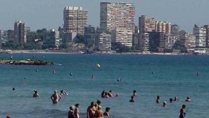 Alicante despide el verano con altas temperaturas