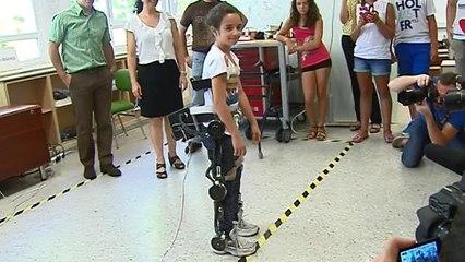 Un exoesqueleto biónico para volver a caminar