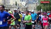 Marathon de Vannes. Marathon de Vannes Vivez le marathon de l'autre côté de la course