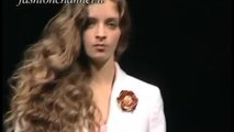 GUERRIERO Spring Summer 2001 Milan 2 of 3 pret a porter woman by Fashion Channel