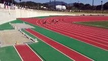 Trois sumos s'affrontent sur un sprint - Japon - Drôle