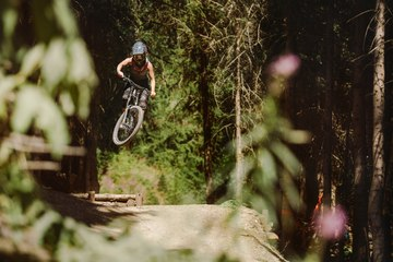 Afternoon Delight In Saalbach With Linda | Ponytail Trails, Ep....