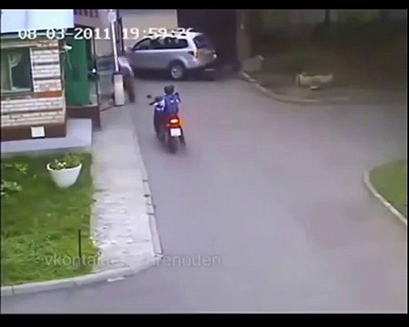 Женщины за рулем. Что они творят
