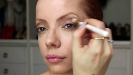 Julia Petit Passo a passo dourado da Katy Perry - maquiagem