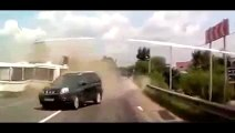 Bus Collide With Truck in France (VIDEO) BUS crash into LORRY