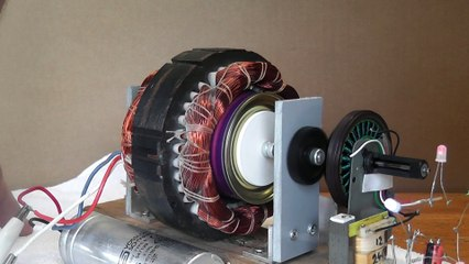 Can Induction Motor generating Electricity