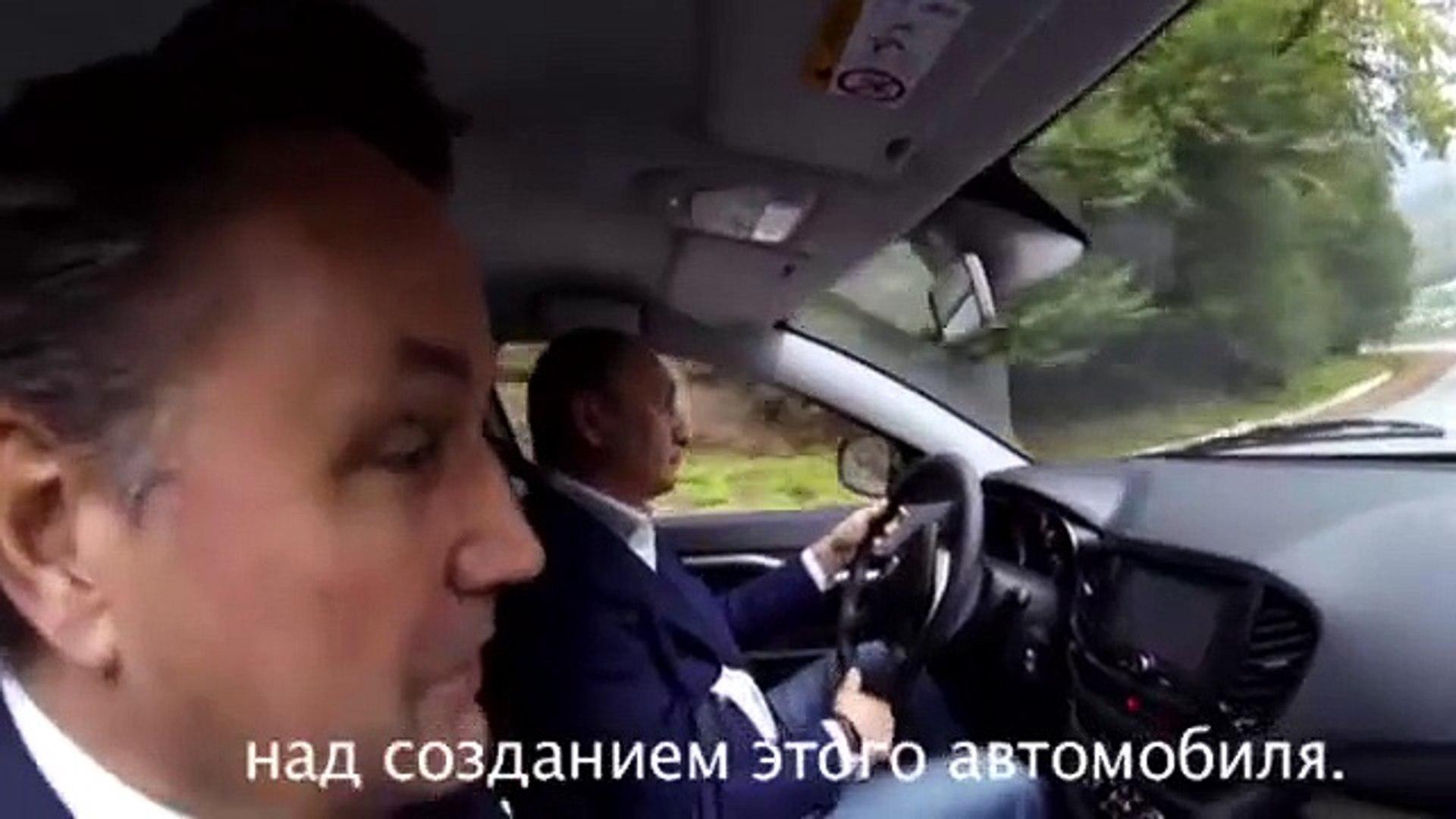 Putin yerli otomobili test etti Videosu