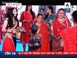 Pragya ke Samne Aayi Alia aur Raja ki MiliBhagat jise Dekh Pragy areh gayi Dang- 25th October 2015 - Kumkum Bhagya