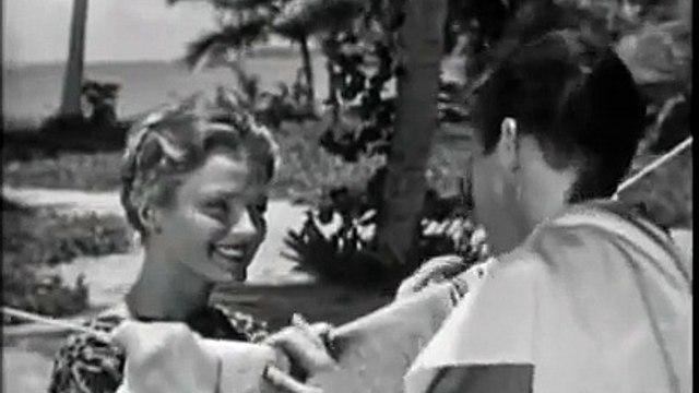 Last Woman On Earth (1960) - full movie Part 2