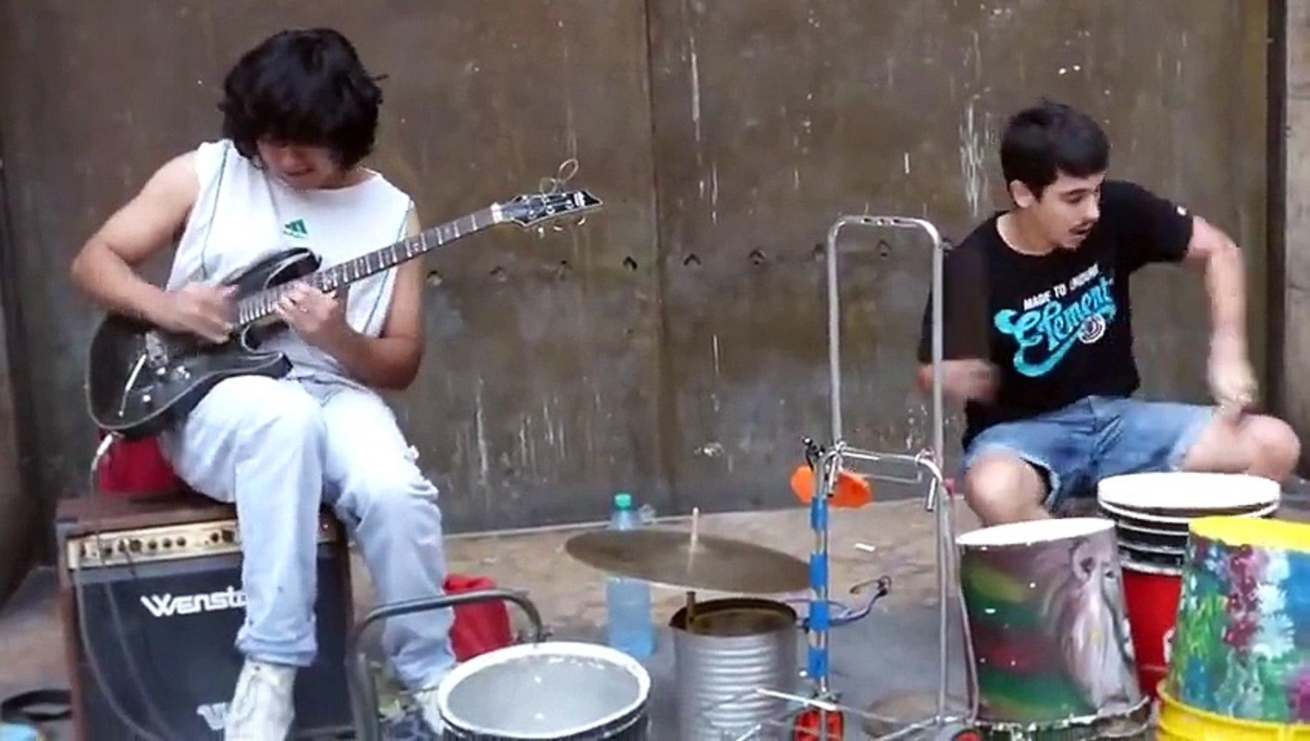 Street musicians cover Dire strait - Stunning performance