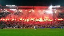 Les supporters du Legia Varsovie mettent le feu - football