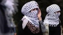 """Anche le donne tirano le pietre contro """"gli occupanti israeliani"""""""