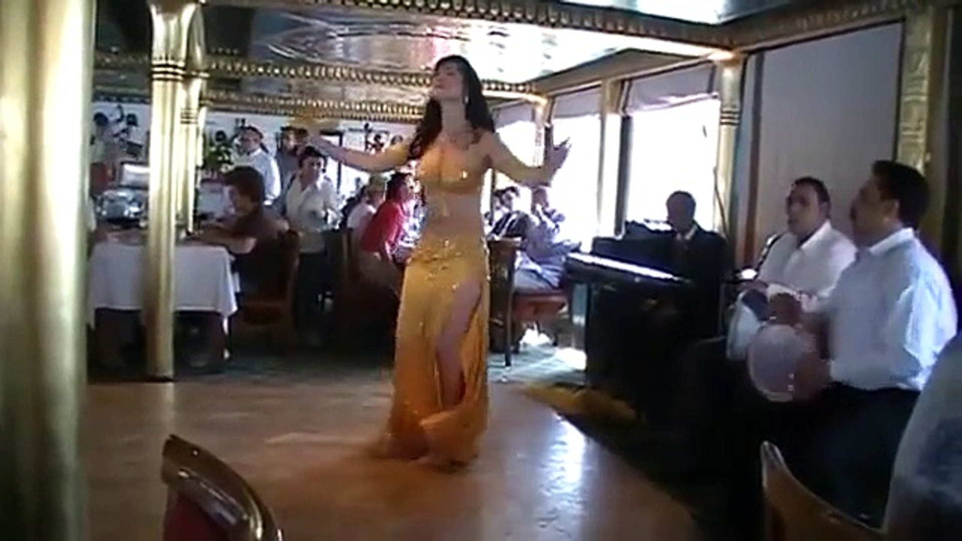 Egypt, cradle of belly dance : 9