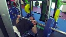 Buzz : Les All Blacks en séance de musculation ( The All Blacks hit the gym as they prepare for RWC final ) !