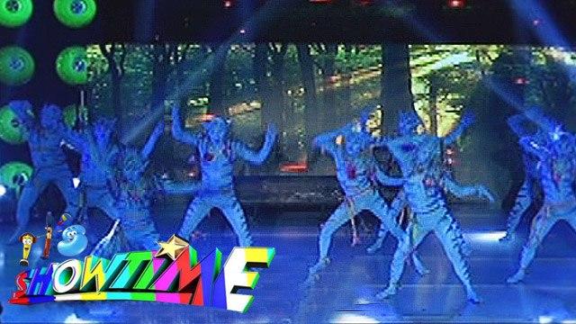 It's Showtime Halo Halloween: Dance Dynasty's Avatar themed performance