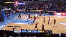 Basket: Manny Pacquiao marque son premier panier en pro