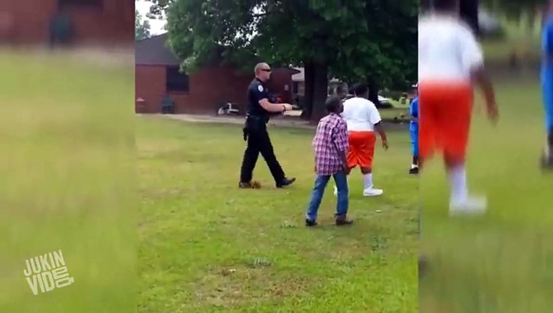 Awesome Cop Plays With Kids