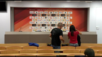 LIVE - Xavi Pascual and Aleksandar Djordjevic post game press conference (FCB Lassa - Panathinaikos) (REPLAY) (2015-10-29 22:55:47 - 2015-10-29 23:28:05)