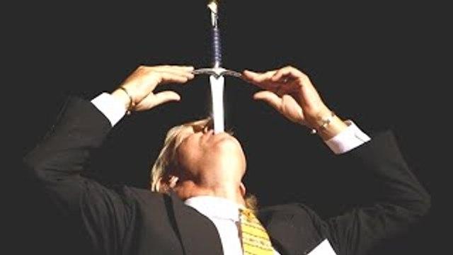 5 Magicians That Died During Their Magic Tricks