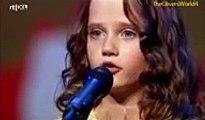 Девочка спела так, что зал аплодировал стоя, а жюри открыли рты.