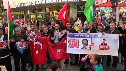 Times Meydanında AK Parti kutlaması