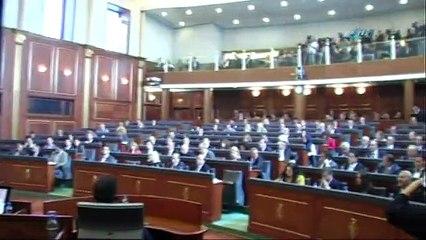 Kosova Meclisinde asayiş berkemal