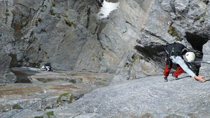 Aiguille du Pouce Voie des Français Aiguilles Rouges Chamonix Mont-Blanc alpinisme escalade