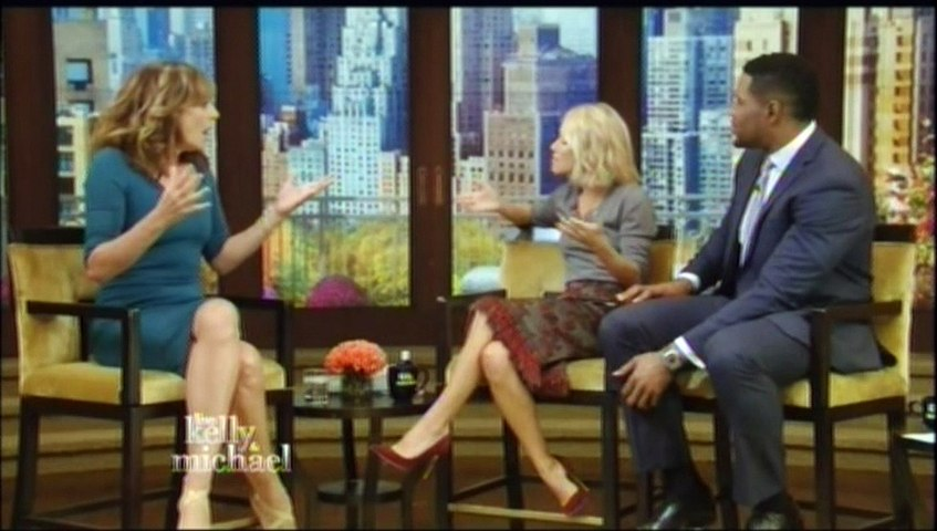 Allison Janney on Live with Kelly & Michael - Video