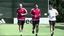 New Juventus players Sami Khedira and Simone Zaza visit the club's training complex