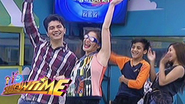 It's Showtime: Anne and Vhong performs inside the house
