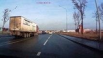 Le pilote de l'année... Accident de camion évité de justesse grace à un reflexe de fou