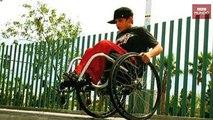 hace acrobacias mortales en silla de ruedas