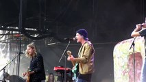 Grouplove Itchin on a Photograph (720p) Live at Lollapalooza on August 2, 2014