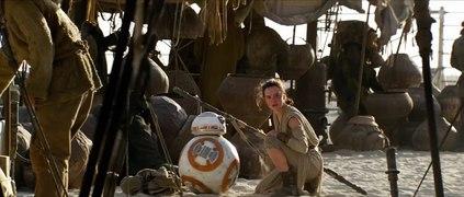 Star Wars 7 de nouvelles images centrees sur Rey