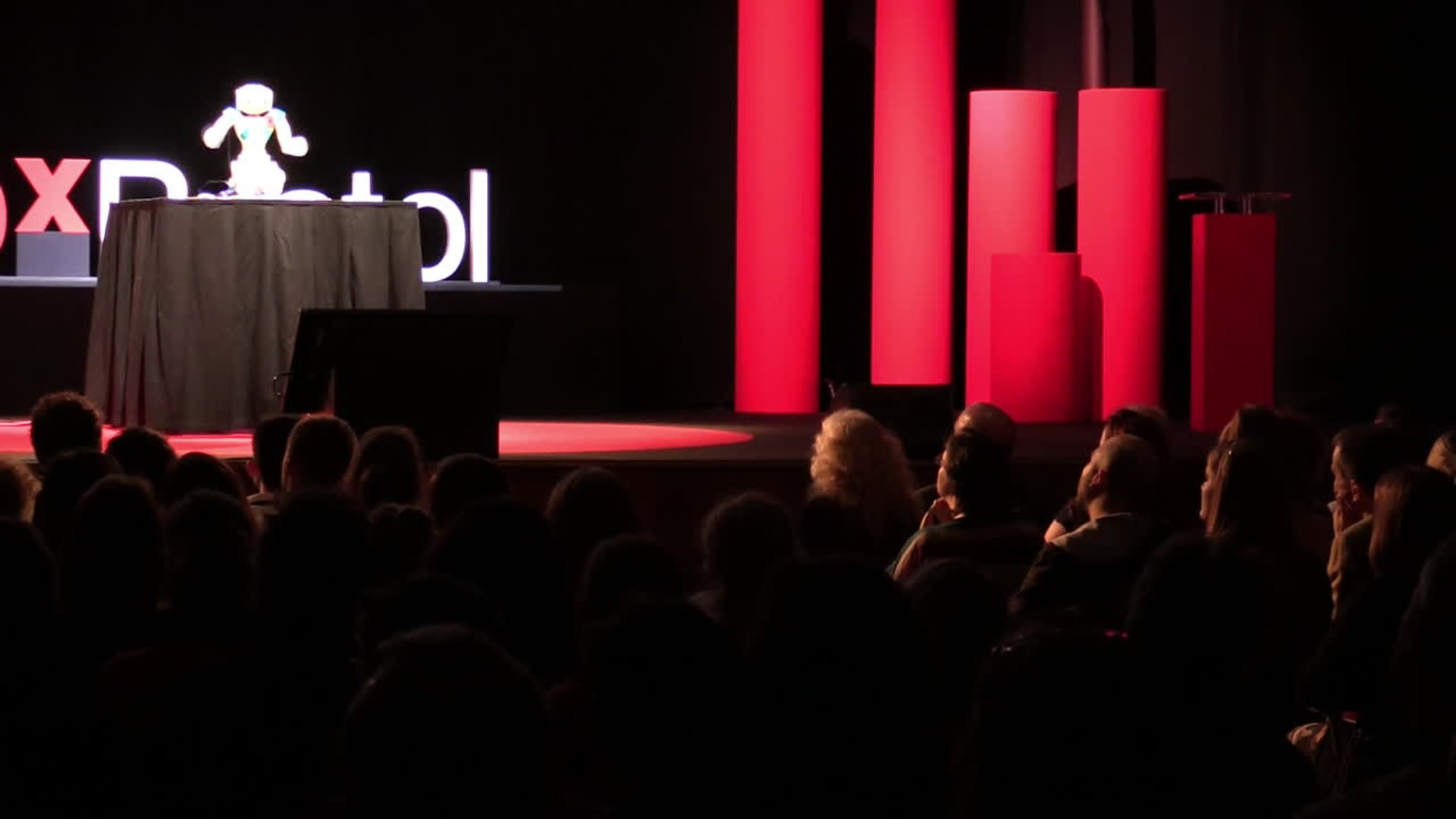 Meet 'Bob', the First Ever Robot to Give a Ted Talk