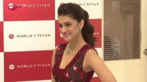 Kriti Sanon the beautiful 'Dilwale' actress, is the new face of Titan's brand