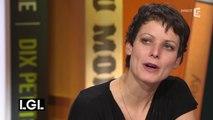 """Sophie Divry raconte le chômage avec humour dans son roman """"Quand le diable sortit de la salle de bain"""""""