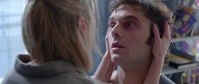 I Kissed a Girl (Toute première fois) Trailer