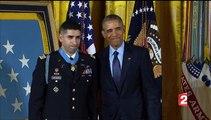 Cérémonie de récompense de Florent Groberg, d'origine française, héros de l'armée américaine