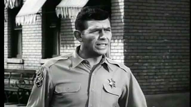 The Andy Griffith Show S03E25 The Darlins Are Coming