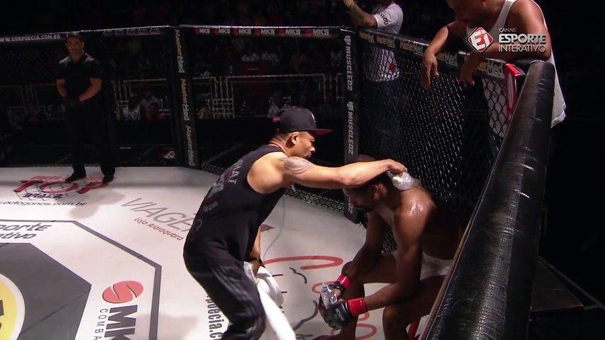 Diálogo do ano no MMA? Marcus Jon Jones debate sobre quem venceu o round!
