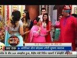 Ishita Ne Kiya Sabke Saamne Simmi Ka Pardaphash - 16th November 2015 - Yeh Hai Mohabbatein