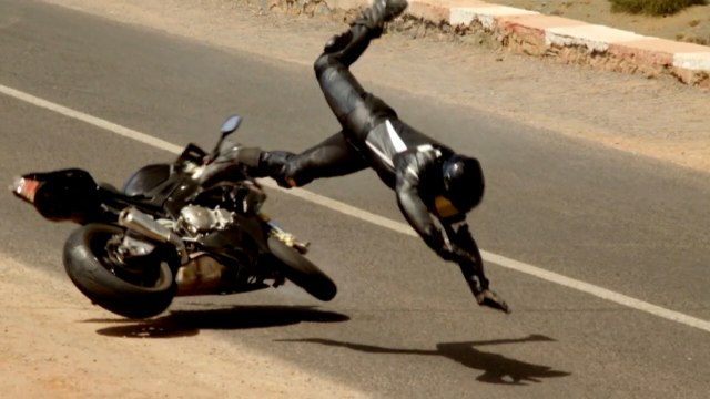 Tom Cruise Crashes A Motorcycle In Real Stunt