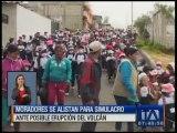 Ciudadanos se preparan para participar en simulacro ante una posible erupción del Cotopaxi