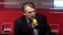 """Yves de Kerdrel (Valeurs actuelles) : Pas une seule question sur les victimes à Bachar el-Assad ? """"Ce n'était pas l'état d'esprit."""""""