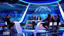 Buzz : Michel Cymès se moque de la femme de Nagui, elle lui répond et le bâche en direct!