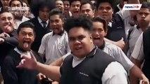 Des étudiants néo-zélandais font un Haka en l'honneur de Jonah lomu, légende du Rugby